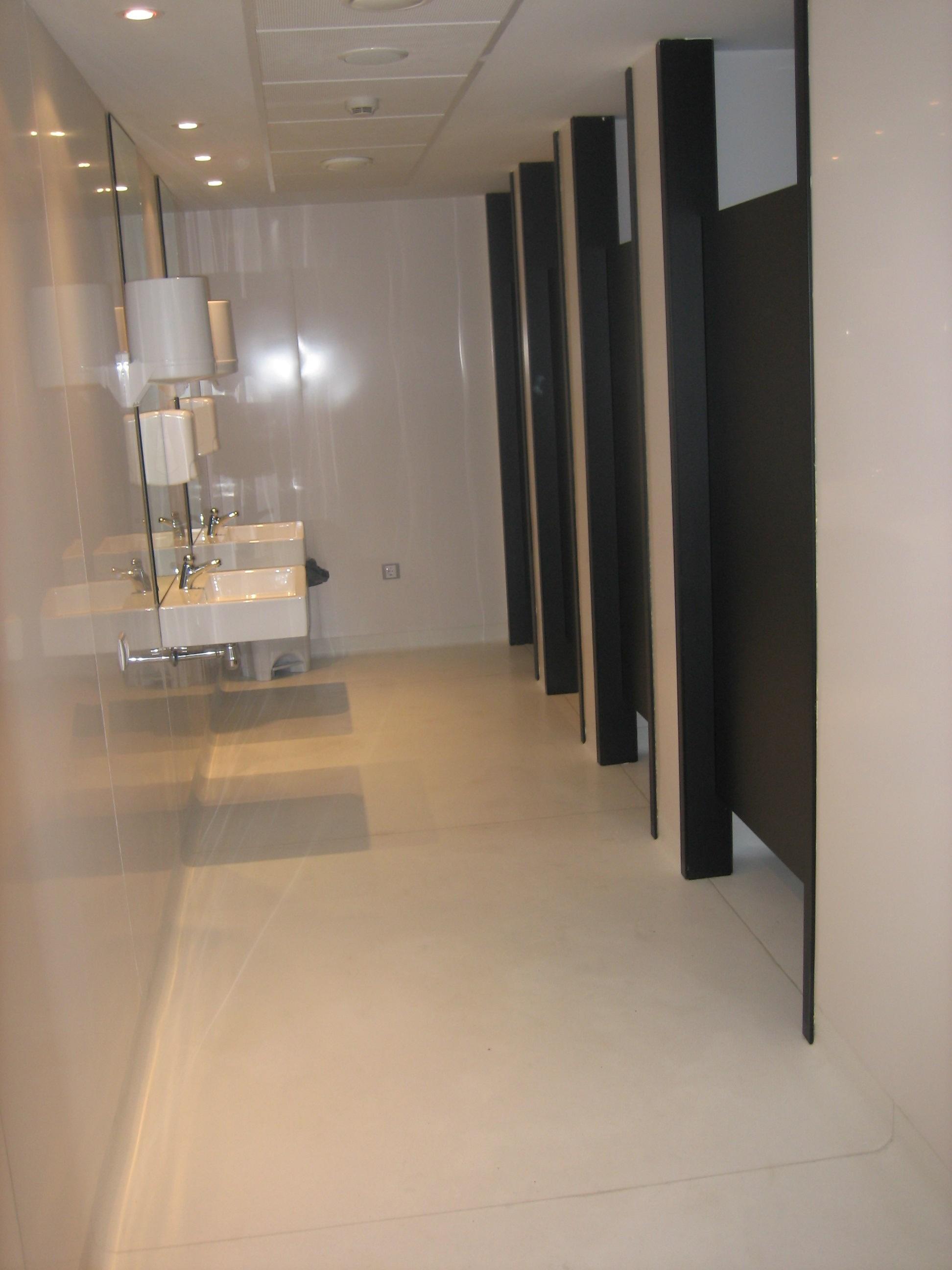 Centro de Salud de Luarca.